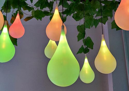 led挂树水滴灯