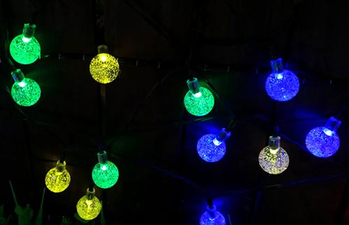 LED太阳能彩色圆球灯串