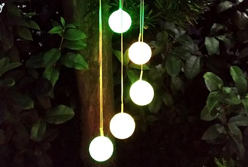 LED黑色盖太阳能米粒球风铃灯