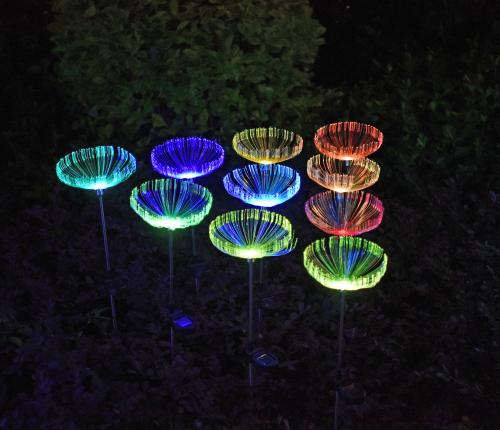 太阳能光纤水母