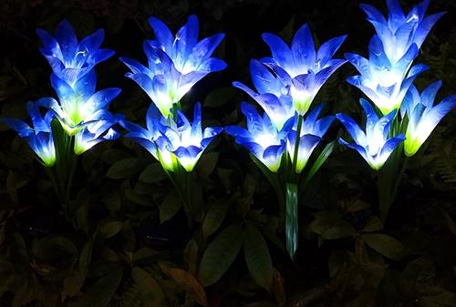 LED太阳能蓝色白光百合花灯