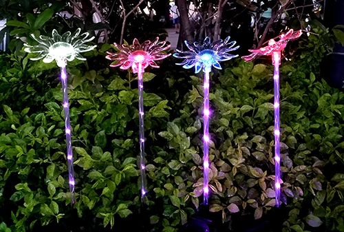 LED太阳能菊花灯