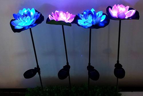 LED太阳能荷花灯