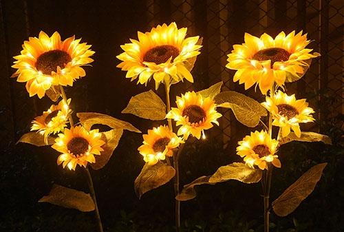 LED三头向日葵插地灯